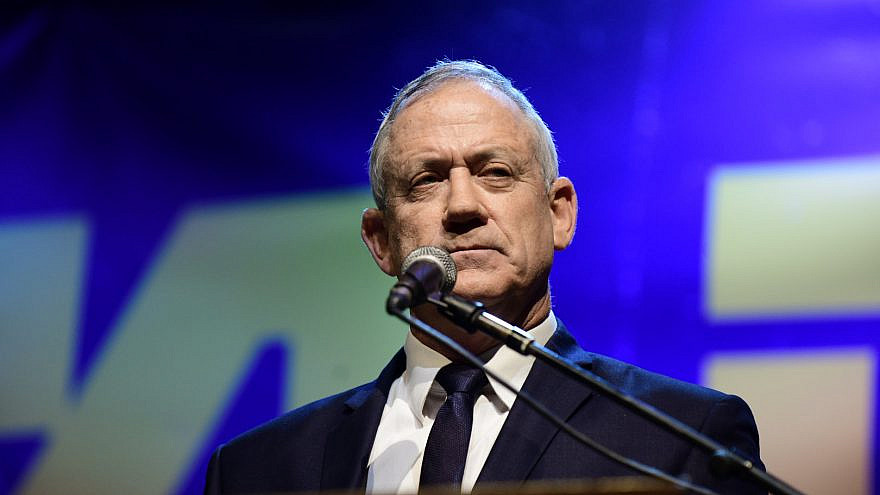 Report: Gantz says he and Netanyahu are 'on the brink' of a unity deal