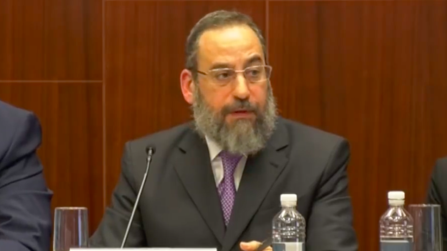 Senate confirms Chassidic Jew for first-ever senior position in US administration